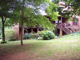 265 Robert Hull Lane, Blairsville GA