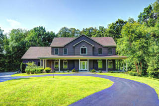 850 Hickory Woods Drive, Taylorsville KY