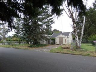 902 Southeast 162nd Avenue, Portland OR