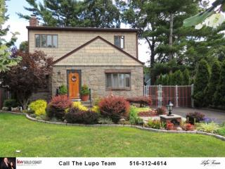 6 Garden Court, Carle Place NY