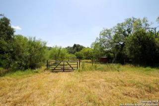 4576 Smith Road, Von Ormy TX