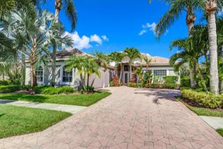 8814 Lakes Boulevard, West Palm Beach FL