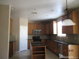 546 E Pasture Canyon Dr, San Tan Valley, AZ 85143