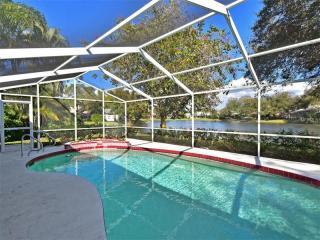 8233 Shadow Pine Way, Sarasota FL