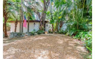 3680 Avocado Avenue, Coconut Grove FL
