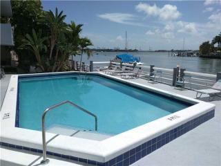 1662 Lincoln Court #207, Miami Beach FL