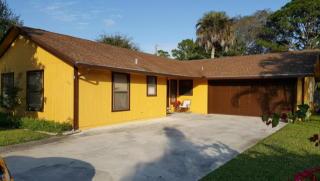 662 Dixie Lane, West Palm Beach FL