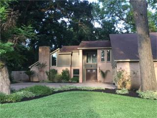 202 Raintree Lane, Lake Jackson TX