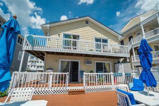 382 43rd Place, Sea Isle City NJ
