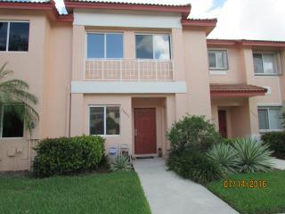 20847 Northwest 1st Street, Pembroke Pines FL