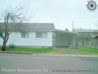 287 NW Civil Bend Ave, Winston, OR 97496