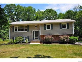 6 Dale Road, Airmont NY