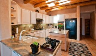 143 Armijo Ct, Corrales, NM 87048