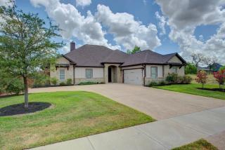 4301 Egremont Court, College Station TX
