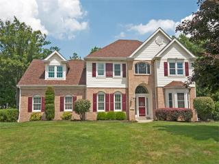 207 Elmhurst Circle, Cranberry Township PA