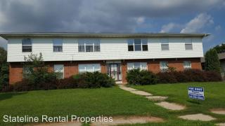 415 Oakland Ave #4, South Beloit, IL 61080