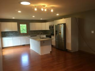 801 Courtney Drive, Crown Point IN