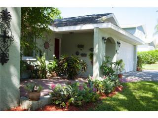 445 Timber Lane, Palm Harbor FL