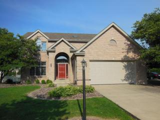 9939 Sequoia Ln, Munster, IN 46321
