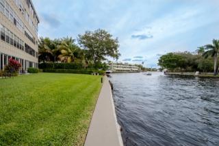 818 Southeast 4th Street #101, Fort Lauderdale FL