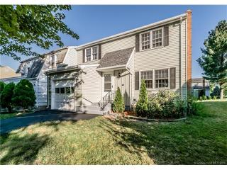 17 Brick Walk Lane, Newington CT