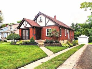 5914 Woodmont Ave, Cincinnati, OH 45213