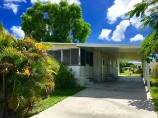 7323 44th Terrace North, Riviera Beach FL
