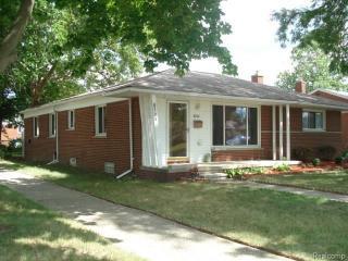 8734 Arnold Street, Dearborn Heights MI