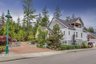 3205 Emerald Lane, Gig Harbor WA