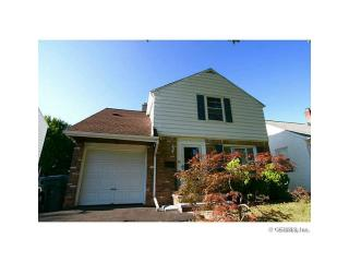 76 Rossiter Rd, Rochester, NY 14620