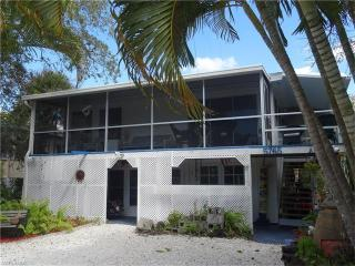 5765 Lauder Street, Fort Myers Beach FL