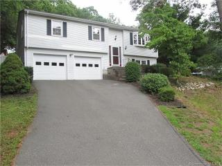6 Cedarbrook Lane, East Lyme CT