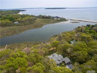 1425 Meadow Beach Lane, Mattituck NY