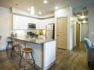 3315 N Center St, Lehi, UT 84043