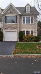 66 Spruce Ln, North Haledon, NJ 07508