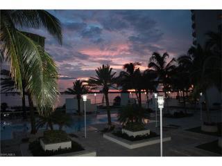 3000 Oasis Grand Boulevard #503, Fort Myers FL