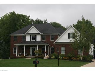 5578 Hollythorn Drive, Brecksville OH