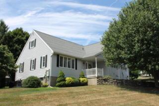 157 Edgewood Drive East, South Abington Township PA