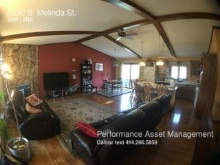 5530 S Melinda St, Greenfield, WI 53221