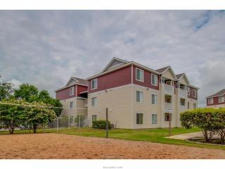 519 Southwest Pkwy #204, College Station, TX 77840