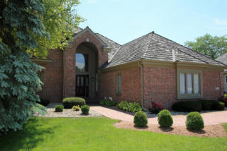 2811 West Golf Circle, Mequon WI