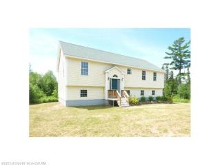 1099 Carmel Road North, Hampden ME