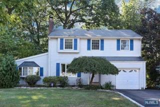 557 Monroe Court, River Edge NJ