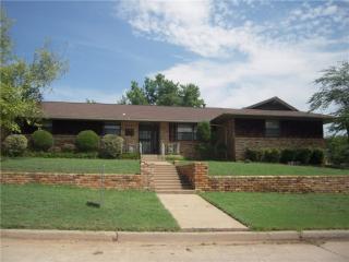 6100 N Warren Avenue, Oklahoma City OK