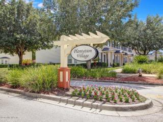 411 Oasis Lane, Orange Park FL