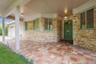 319 Royal Oaks Drive, San Antonio TX