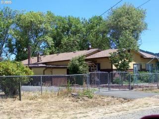 141 McCall Street, Sutherlin OR