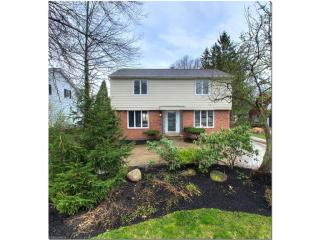2662 Green Road, Shaker Heights OH