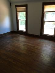 821 Ottawa St #FLOOR 2, Leavenworth, KS 66048