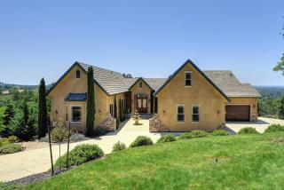 8123 Brookhollow Court, Loomis CA